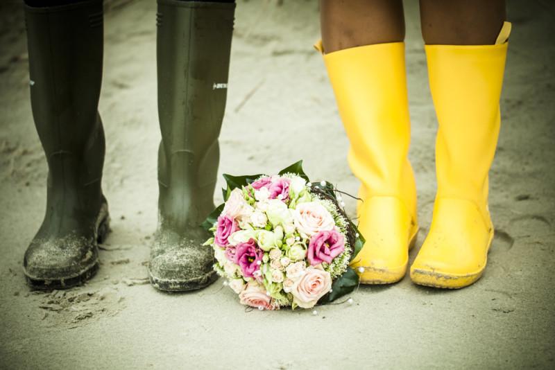 Hochzeitsfotos mit Gummistiefel