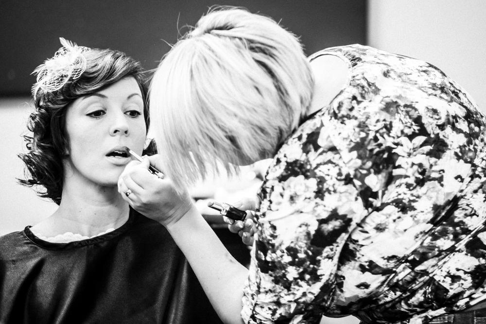 getting_ready_bremen_hochzeit-2431